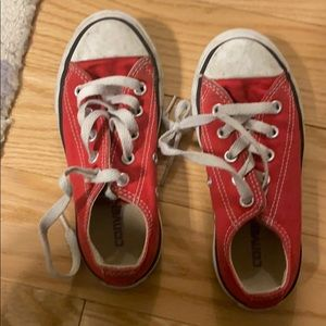 Kids red converse